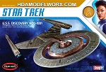 Star Trek USS DISCOVERY 1:2500 Scale Model Kit  by Polar Lights